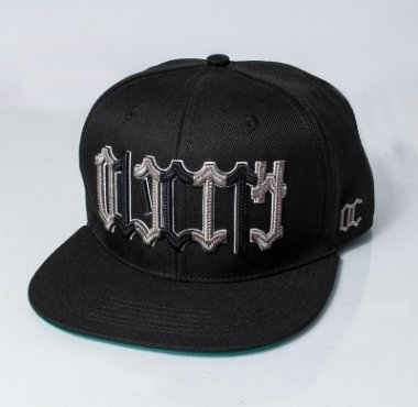 Boné Snapback Old city l Model Letters l Black .