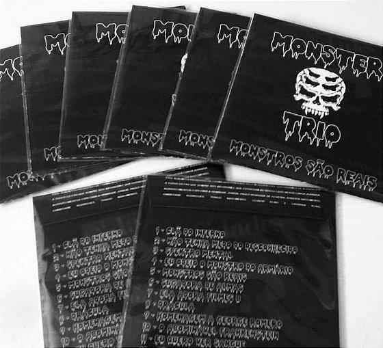 Álbum Monstros São Reais