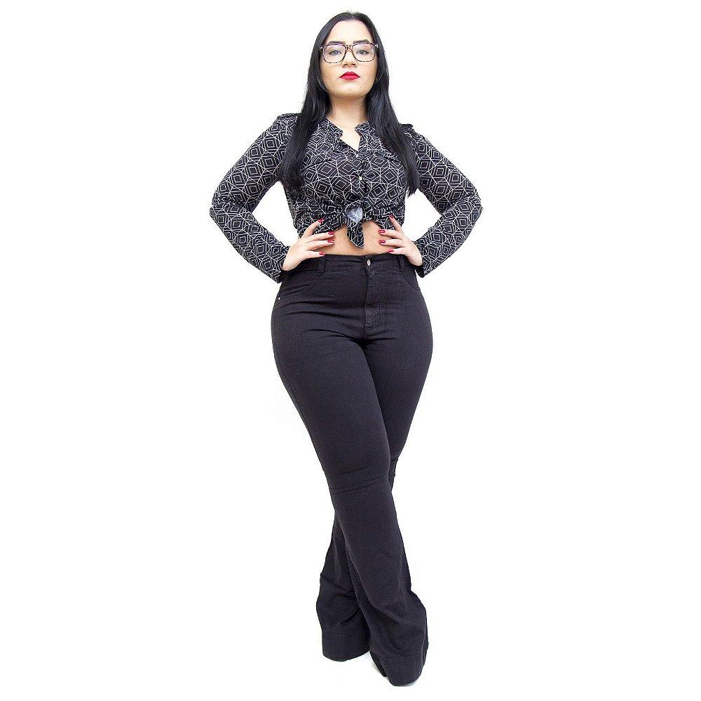 c13466fa67af76 Calça Jeans Feminina Cambos Plus Size Flare Lya Preta - Andando no ...