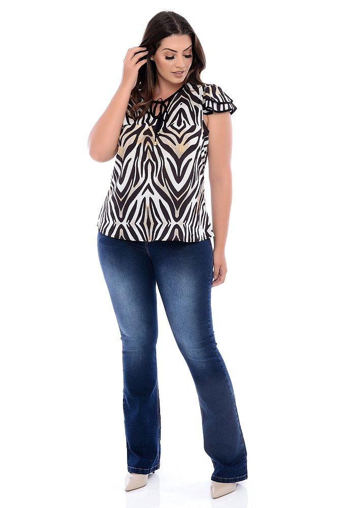9703b9d7e3 Calça Jeans Flare Plus Size Leyane - Daluz Plus Size   Loja Online