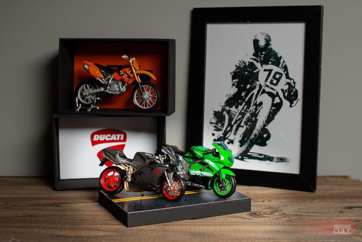 Expositor Base para Miniatura de Moto Esportiva e Speed