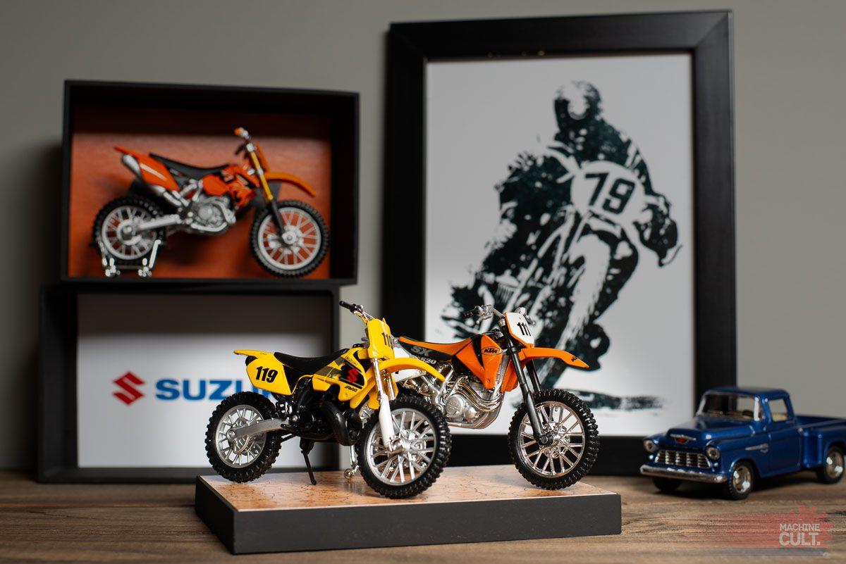 Expositor para miniaturas de Moto Trilha e Motocross