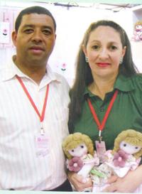 Empresários Jefferson e Roseli em feira de exposições, Xaxim/SC.
