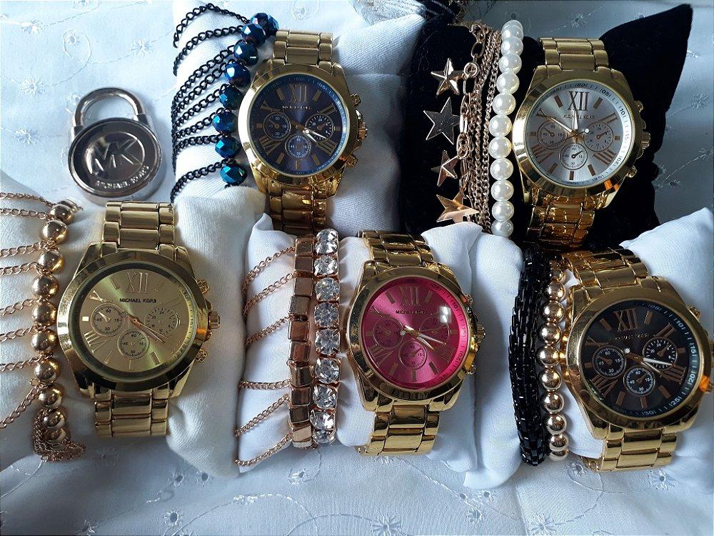 58e736cde3c5f Os relógios Michael Kors levam o nome do criador da marca, estilista  norte-americano