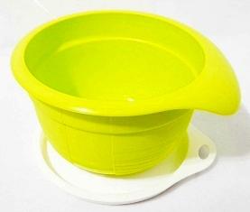 batedeira plus pequena verde tupperware
