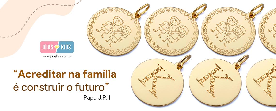 Placa Redonda - Família e Letra