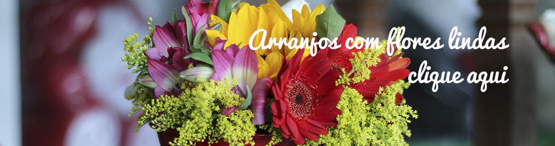 Arranjos com flores