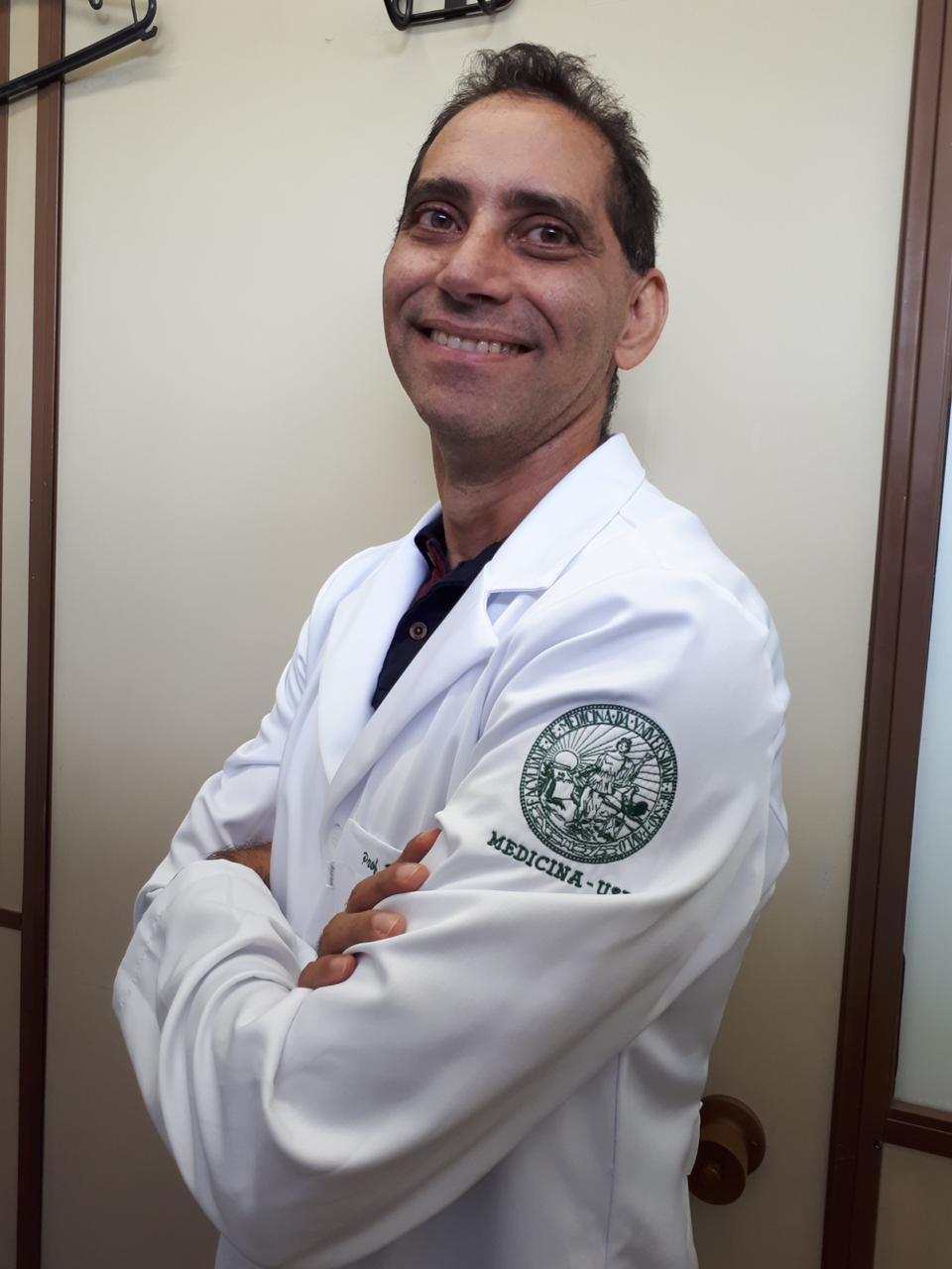 Jorge Casseb, M.D.; PhD - Institute of Tropical Medicine of Sao Paulo/Faculdade de Medicina - Universidade de Sao Paulo  Possui graduação em Medicina pela Universidade do Estado do Pará (1989), mestrado em Alergia e Imunopatologia pela Universidade de São Paulo (1995), doutorado em Patologia pela Universidade de São Paulo (1999) e Professor Livre Docente pela UNIFESP (2010) e USP (2014). Atualmente é professor associado da Faculdade de Medicina/Instituto de Medicina Tropical da Universidade de São Paulo. Tem experiência na área de Imunologia, com ênfase em Imunologia Aplicada, atuando principalmente no estudo e atendimento às pessoas vivendo com retrovírus, como HIV e HTLV-1.