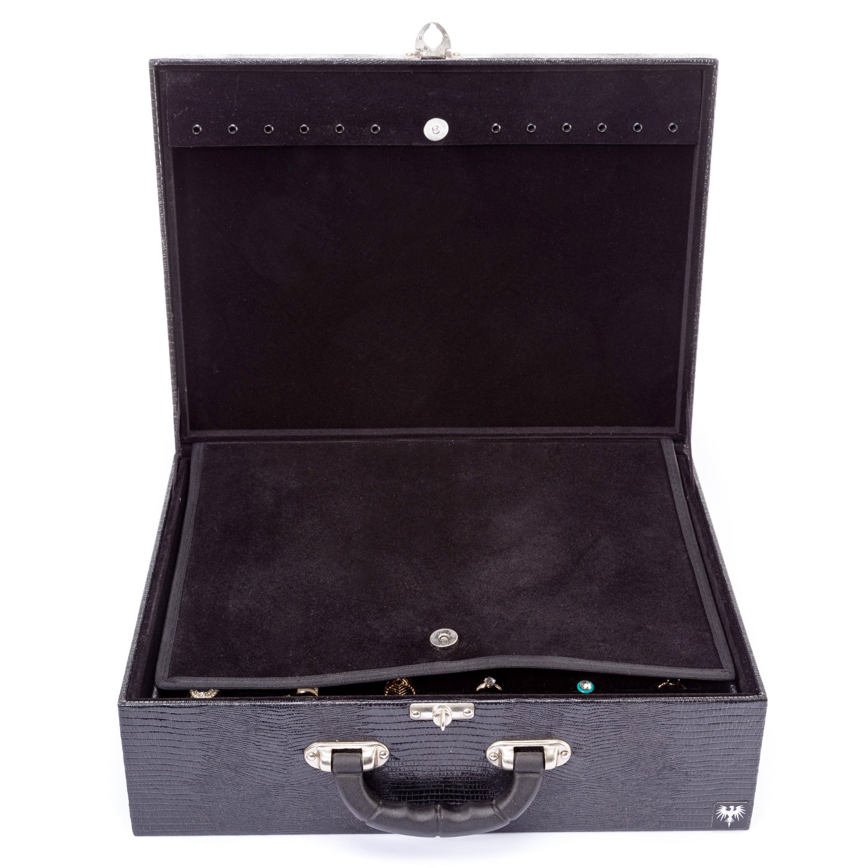 maleta-porta-joias-couro-ecologico-4-partes-preto-com-preto-imagem-5.jpg