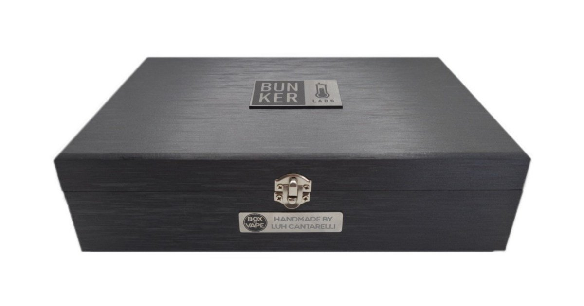 Kit c/ 8 Líquidos Apex - Box My Vape (Edição Limitada) - Bunker Labs