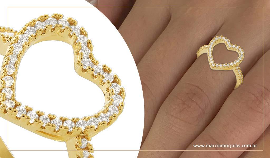 anel de ouro de coração