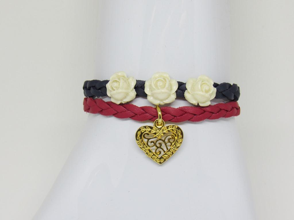 pulseira flores e coração