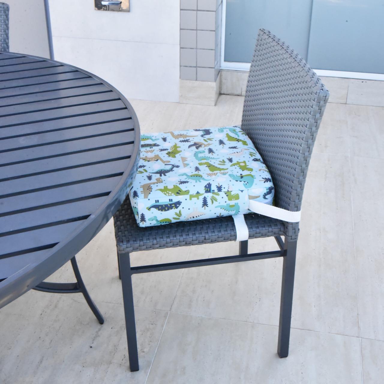 Assento Almofada de Elevação Infantil para Cadeira de Alimentação Cadeirinha de Crianças Bebês UNIVERSAL - Estampa Dinossauro Dino Dyno Menino Menina