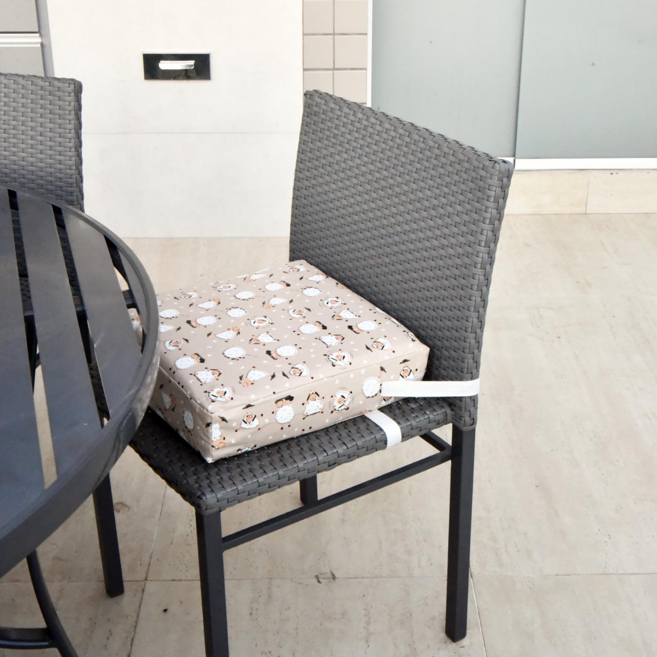 Assento Almofada de Elevação Infantil para Cadeira de Alimentação Cadeirinha de Crianças Bebês UNIVERSAL - Estampa Carneirinhos Carneiro Fofo Menino Menina