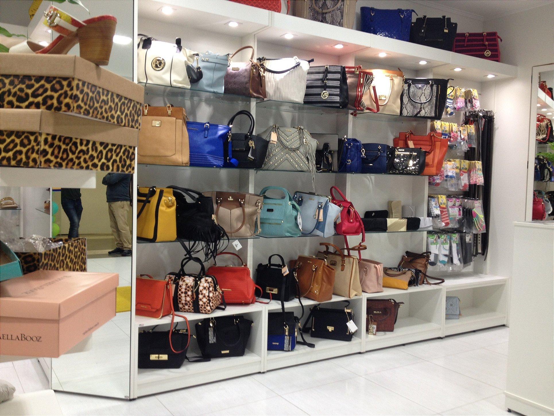 01c077c3b6 Lojas de Bolsas e Acessórios - Praloja Expositores