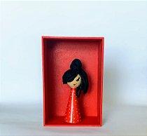 Boneca em madeira Amy