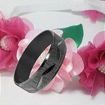 Aliança Preta em Tungstênio com estampas e detalhes diamantado com Banho Onix.