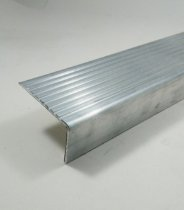 Cantoneira De Aluminio Antiderrapante Para Degrau De Escada com 1 metro