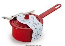 Brigadeiro de colher na panela vermelha sabor tradicional