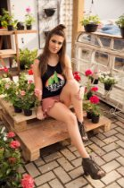 Camiseta Feminina Regata Cactus Regret