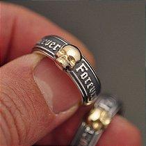 Aliança Caveira Forever Prata 950k com detalhe em Ouro 12k - 7 mm (unidade)