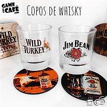 Copos de Whisky Jim Beam e Wild Turkey