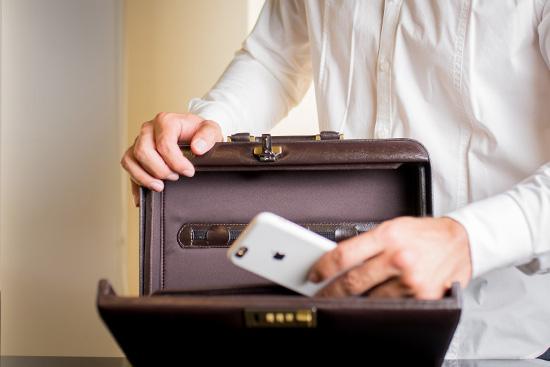 maleta masculina de couro