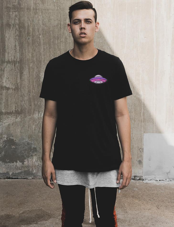 Camiseta Bordada UFO