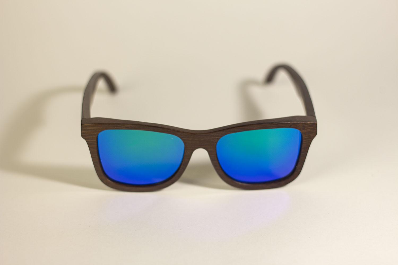 Óculos de Sol de Madeira Wayfarer Caturrita