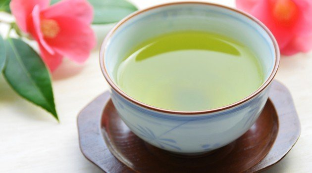 Chá de hibisco tem ação diurética - Foto: Getty Images