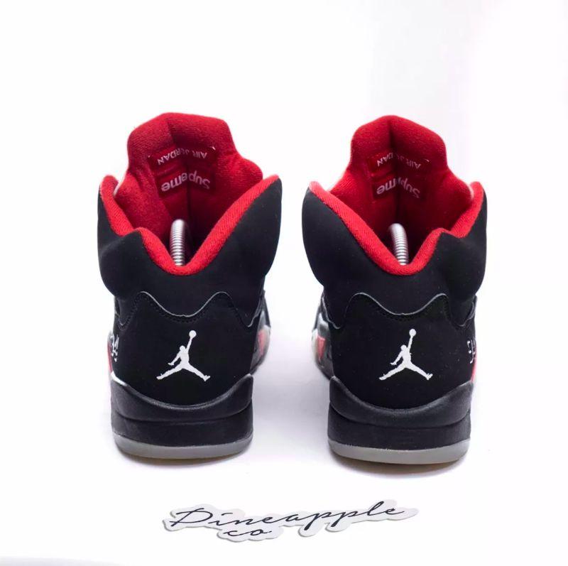 222a0dbff Nike Air Jordan 5 Retro x Supreme