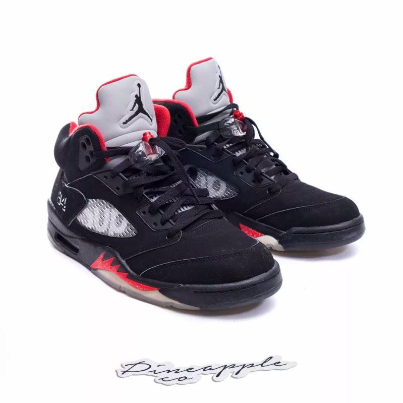 on sale 0bd1e 183f0 Nike Air Jordan 5 Retro x Supreme