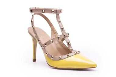 scarpin-valentino-amarelo-stud