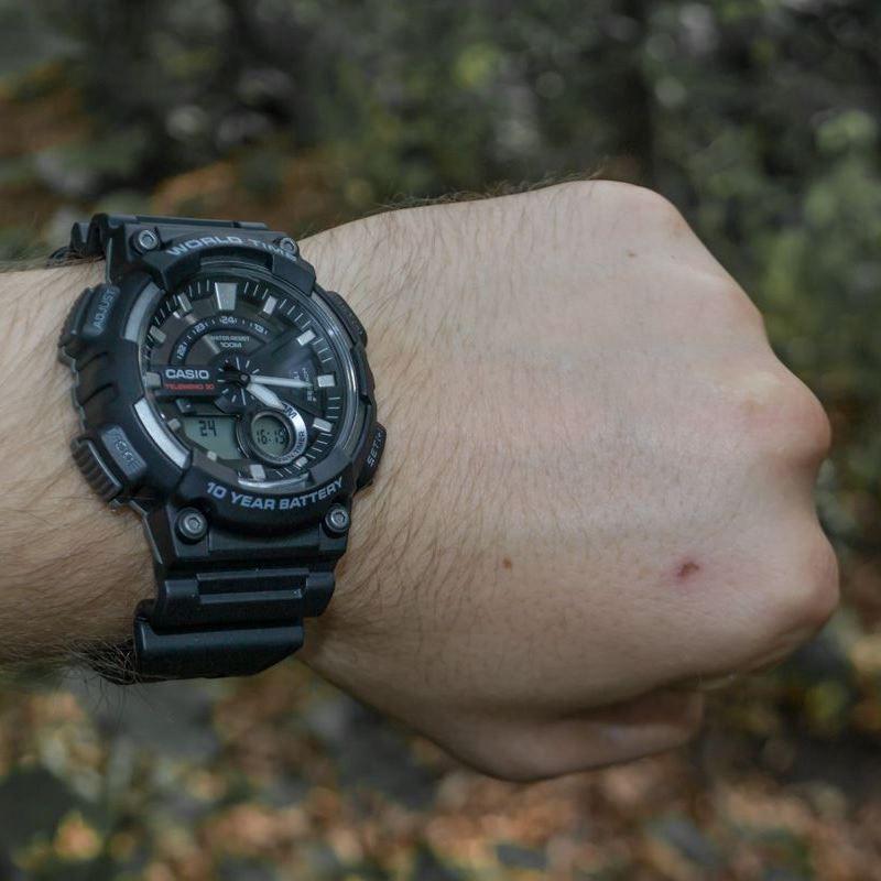 632466a3e39 Relógio Casio Standard AEQ-110W-1AVDF Preto - Radical Place - Loja ...