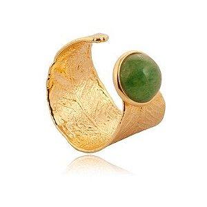 Anel banhado a ouro com pedra verde