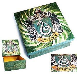 Harry Potter - Caixa quadrada com o brasão da Sonserina
