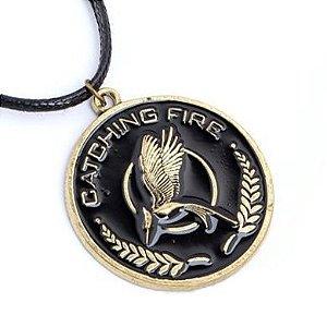 Colar Jogos Vorazes - Catching Fire tordo fundo preto