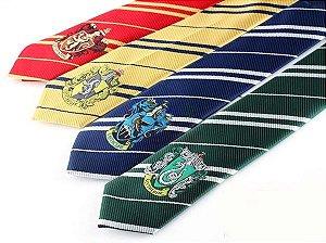 Gravata Harry Potter com brasão (Grifinória, Sonserina, Lufa lufa, Corvinal)