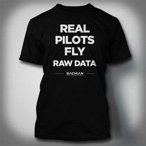 Camiseta Real Pilots Fly Raw Data - Preta