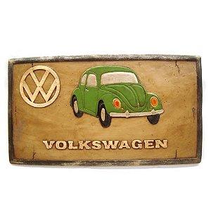 Placa Fusca Volkswagen com detalhes em alto relevo.