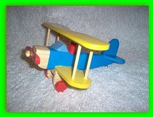 Avião teco teco em madeira