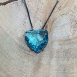 Colar Coração Cristal Azul