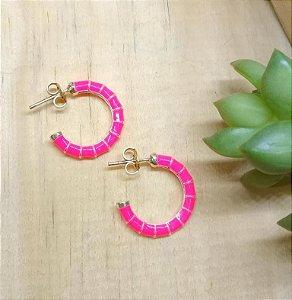 Brinco Argola Pequeno Rosa Neon Ródio Branco