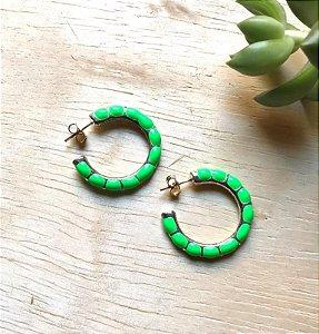 Brinco Argola Grande Verde Neon Ródio Branco