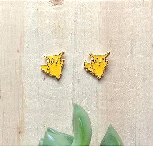 Brinco Pikachu Dourado