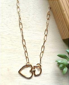 Colar Longo Coração Mosquetão Dourado