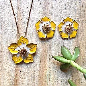 Conjunto Flor Amarelo Dourado