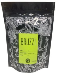 BRUZZI - Corpo intenso, aroma e sabor de chocolate ao leite e acidez leve. Embalagem com 10 cápsulas compatíveis às máquinas Nespresso.