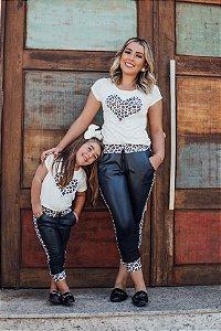T shirt e calça de oncinha mãe e filha