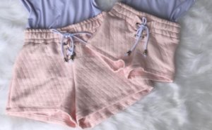 Shorts Matelasse Rosa ou Off Mãe e Filha